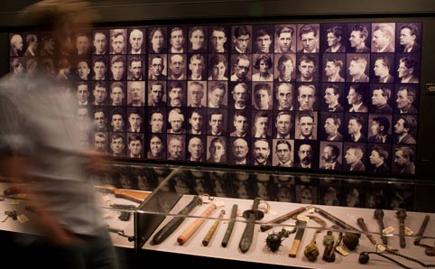 Interesting places in Sydney - weapons-room justice and police museum