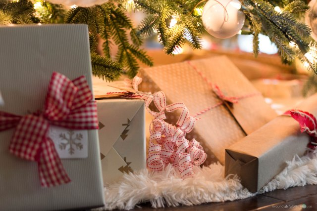Rustic Christmas Wrapping