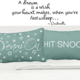 Dream On Bed Set Pillows and Blankets