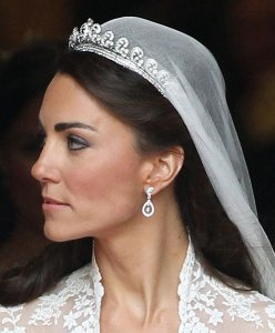 kate-middleton-wedding-dress-inspired
