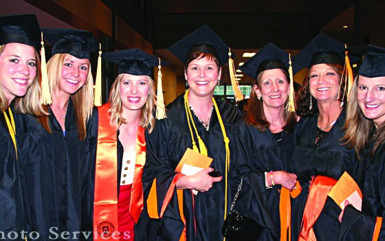 2014 graduates from the Nurse Practitioners Program.