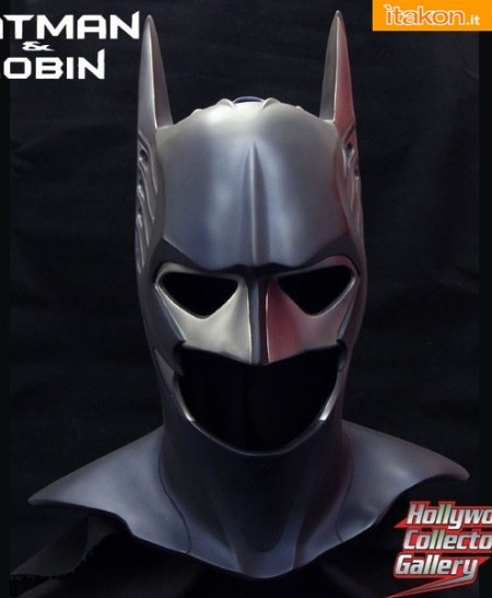 Batman Sonar Cowl Prop replica (1)