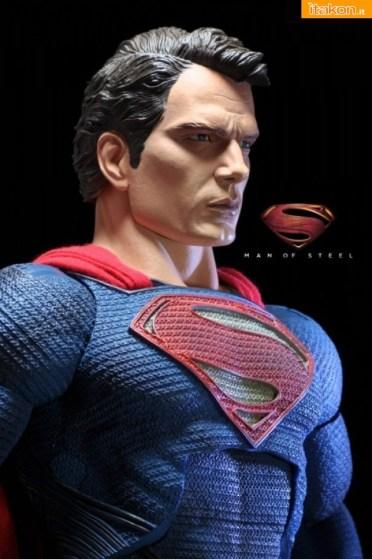 Man Of Steel Superman 14 di Neca - Galleria Fotografica (12)