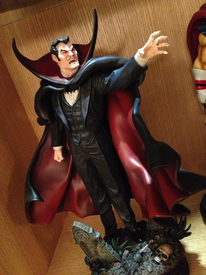 Dracula Statue di Bowen Designs - Prime Foto Live (11)
