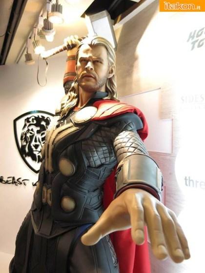 Thor by Beast Kingdom (1)