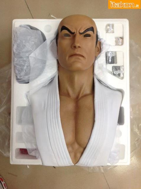 [Pop Culture Shock] Street Fighter: Ryu Life Size Bust - Página 3 10462493_670889269647773_8175406173823663316_n