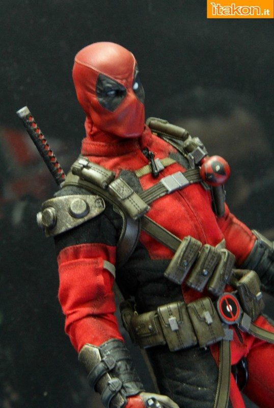 [Sideshow] Marvel Sixth Scale Collection - Deadpool - Página 2 Wolverine-e-Deadpool27