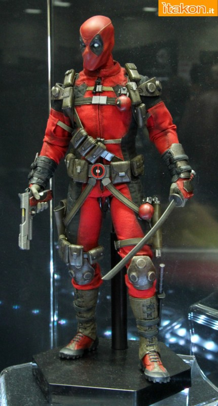 [Sideshow] Marvel Sixth Scale Collection - Deadpool - Página 2 Wolverine-e-Deadpool30