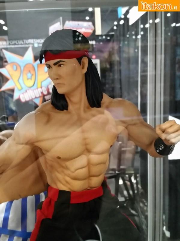 [Pop Culture Shock] Mortal Kombat: Liu Kang 1/4 scale - Página 4 Nycc-2014-pop-culture-shock-15