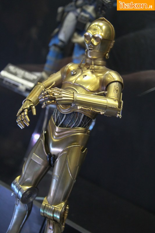 [Sideshow] Star Wars: C-3PO Sixth Scale Figure Preview-Night-Sideshow262