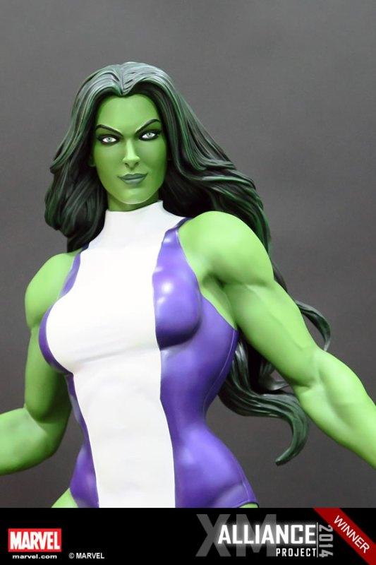Premium Collectibles : She Hulk - Page 2 XM-Studios-She-Hulk-11