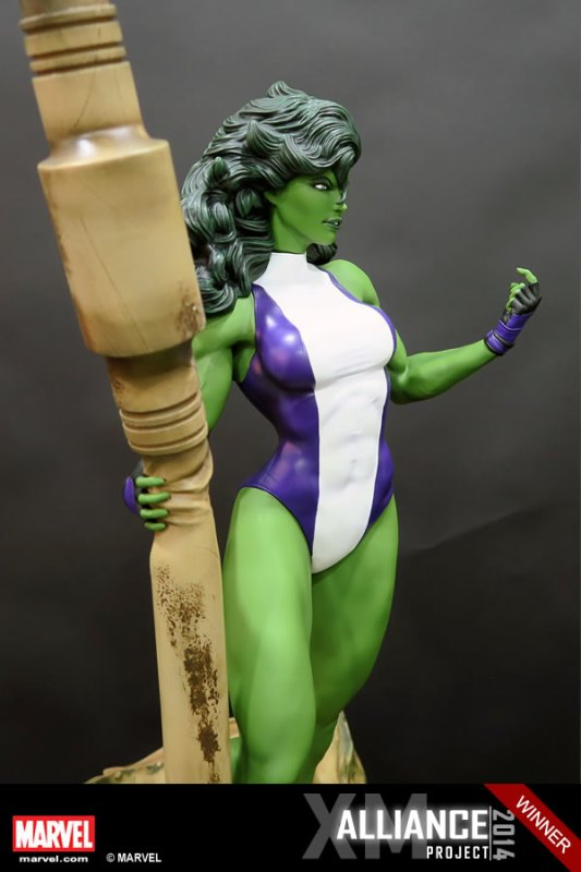 Premium Collectibles : She Hulk - Page 2 XM-Studios-She-Hulk-8