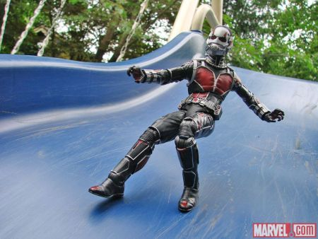 Marvel-Select-Ant-Man-Exclusive-004