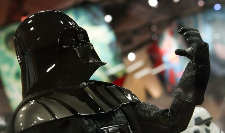 hot-toys-star-wars-sdcc-2015-2-thumb