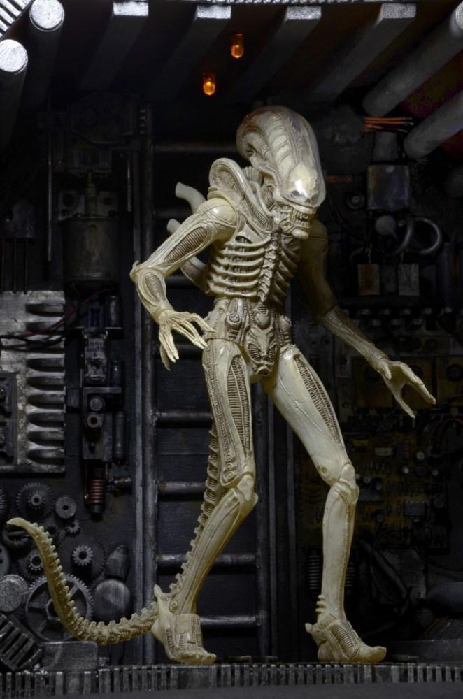 NECA-S7-Aliens-Official-009