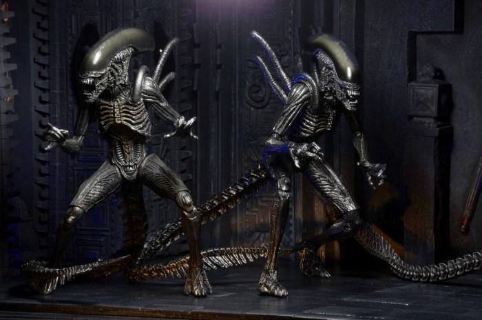 NECA-S7-Aliens-Official-016