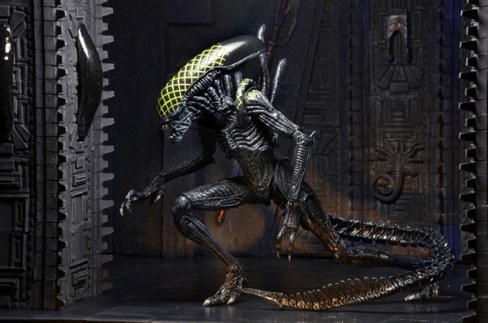 NECA-S7-Aliens-Official-030