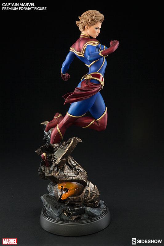 marvel-captain-marvel-premium-format-300454-04