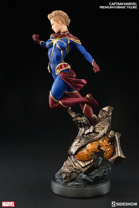 marvel-captain-marvel-premium-format-300454-05