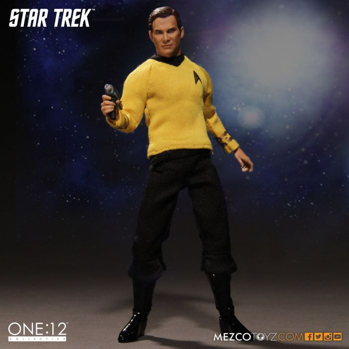Mezco-Star-Trek-One12-Captain-Kirk-004