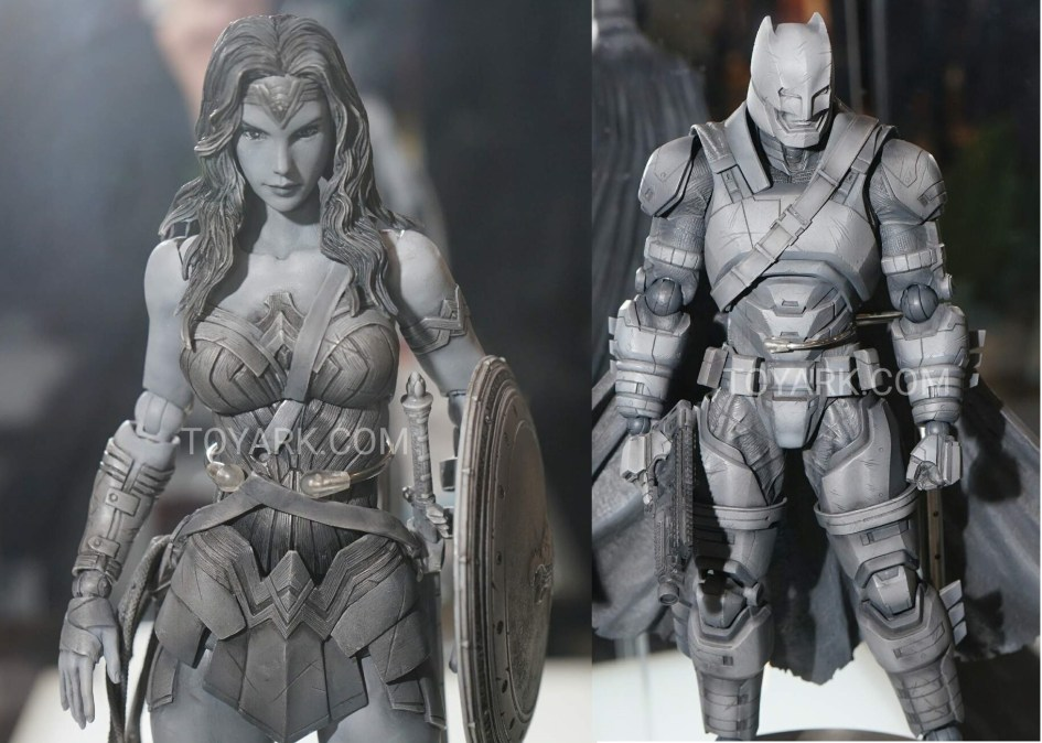 TF-2016-Play-Arts-Kai-DC-013