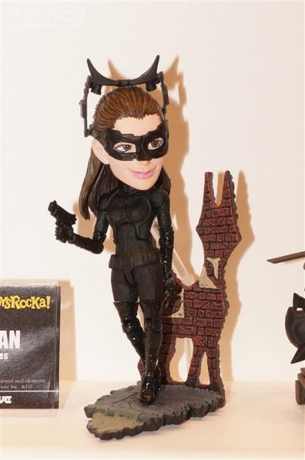 Catwoman TOYS ROCKA! da Batman The Dark Knight Rises disponibile da Giugno 2016