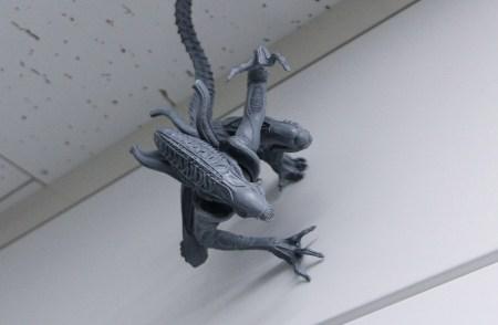 alien-artfx-kotobukiya-preview-slide