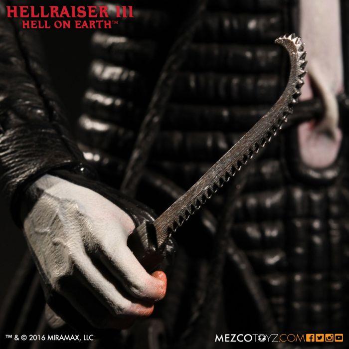Mezco-Hellraisr-3-Pinhead-011