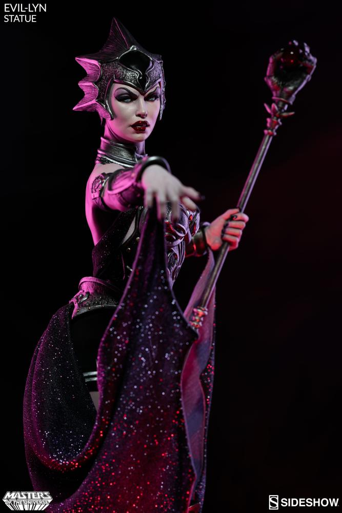 masters-of-the-universe-evil-lyn-statue-200461-03