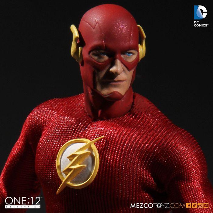 Mezco-One12-Flash-003