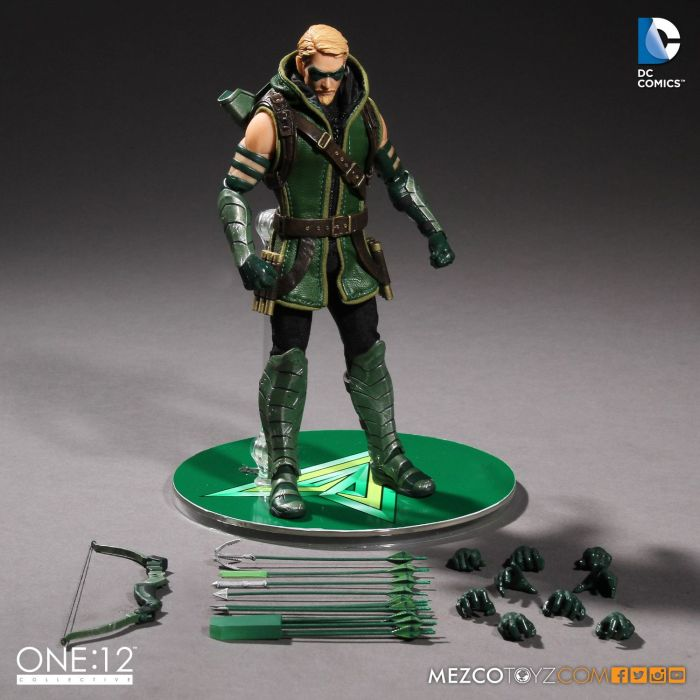 MezcoOne12-Collective-Green-Arrow-008