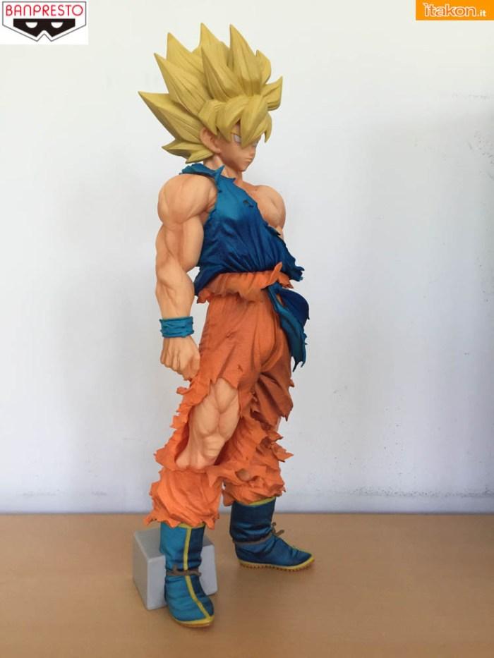 Banpresto_Goku_SSJ_Super_Master_Star_Piece - sequenza 1-15
