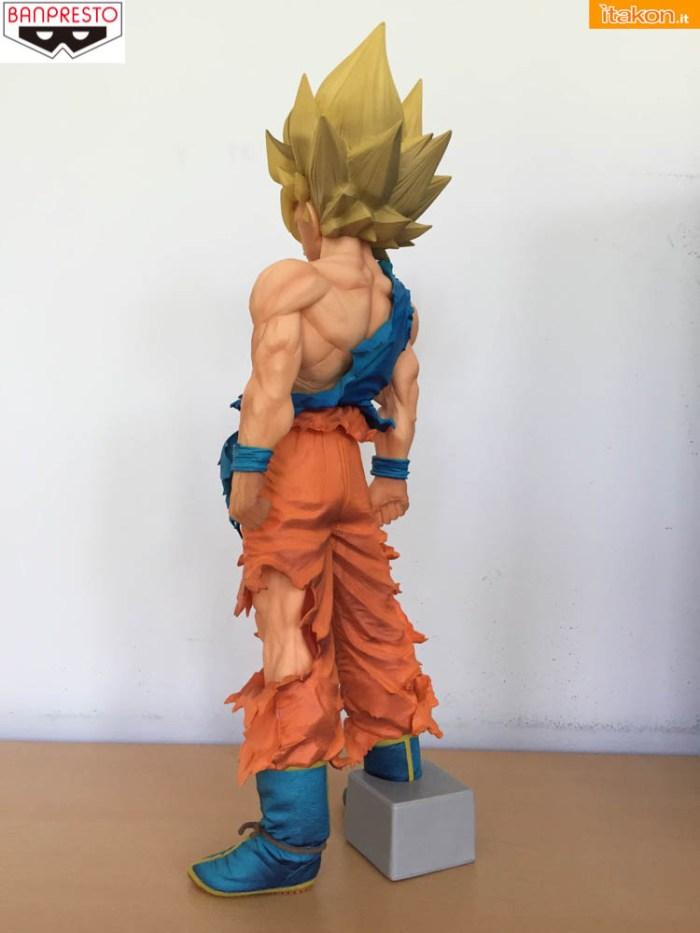Banpresto_Goku_SSJ_Super_Master_Star_Piece - sequenza 1-7