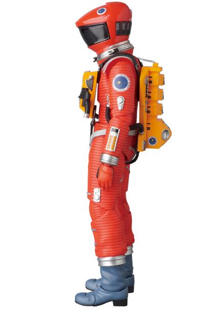 MAFEX-2001-Space-Suit-Orange-002