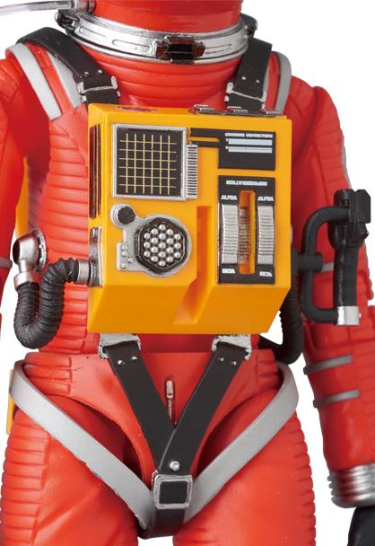 MAFEX-2001-Space-Suit-Orange-006