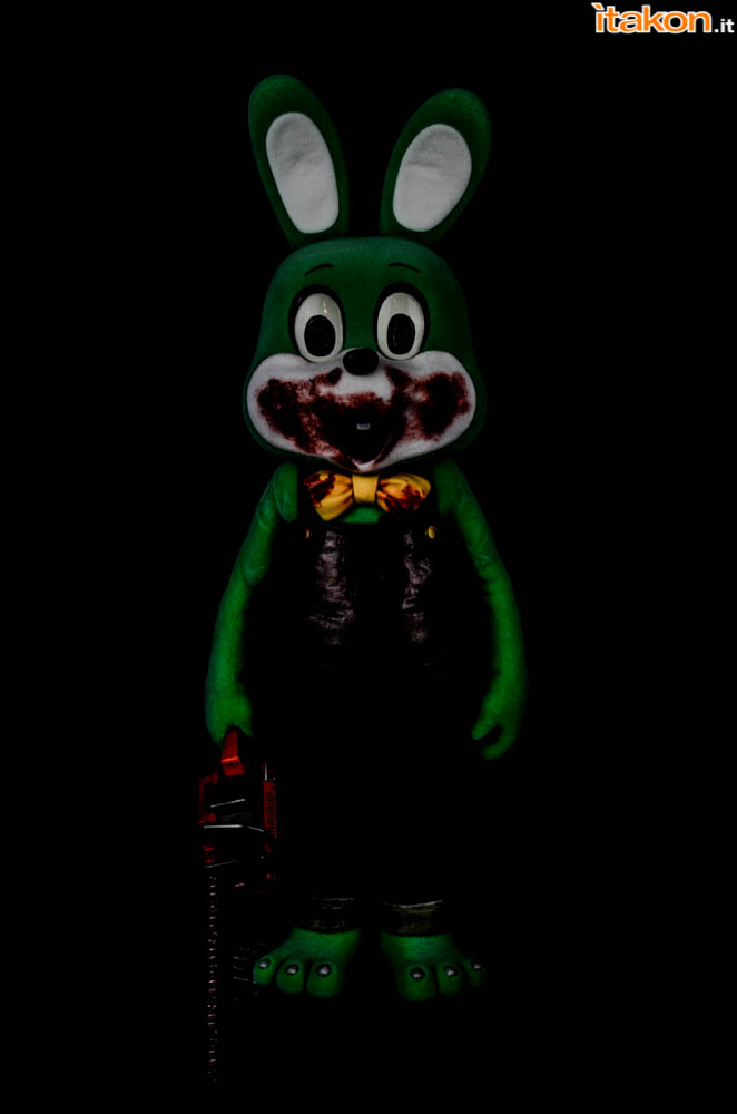 Gecco_Robbie_The_Rabbit_Dark (1)