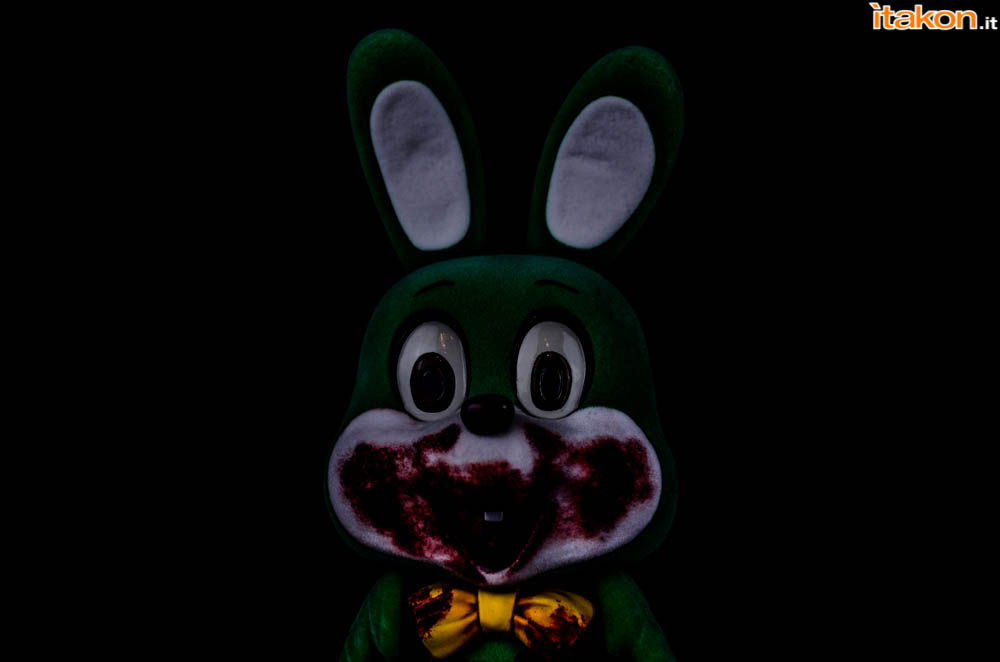Gecco_Robbie_The_Rabbit_Dark (2)