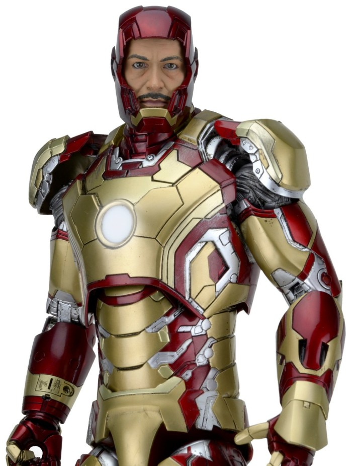 NECA-Iron-Man-Mark-42-Figure-002