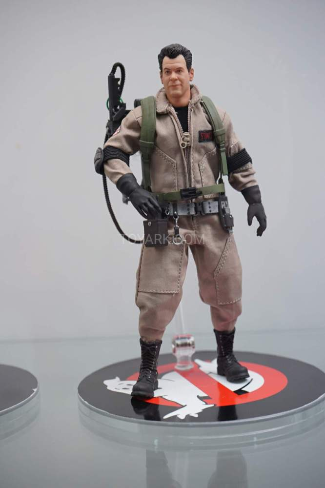 SDCC-2016-Mezco-One12-Ghostbusters-004
