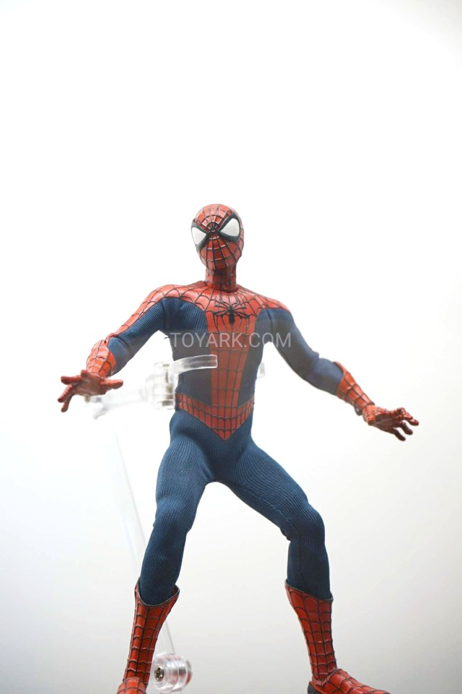 SDCC-2016-Mezco-One12-Marvel-004