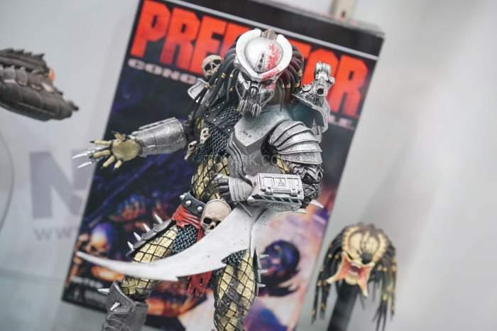 SDCC-2016-NECA-AvP-and-Predators-014