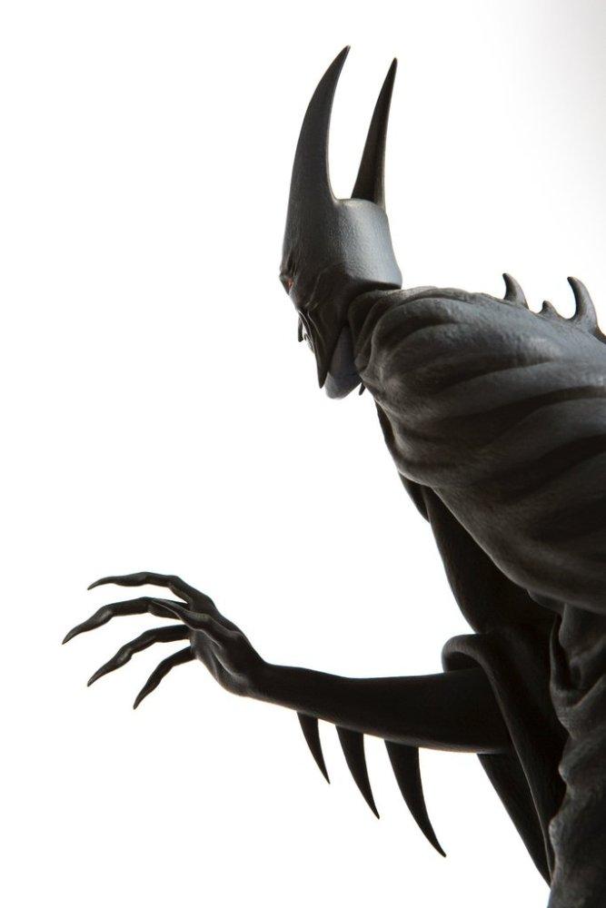 mondo-batman-red-rain-statue-005
