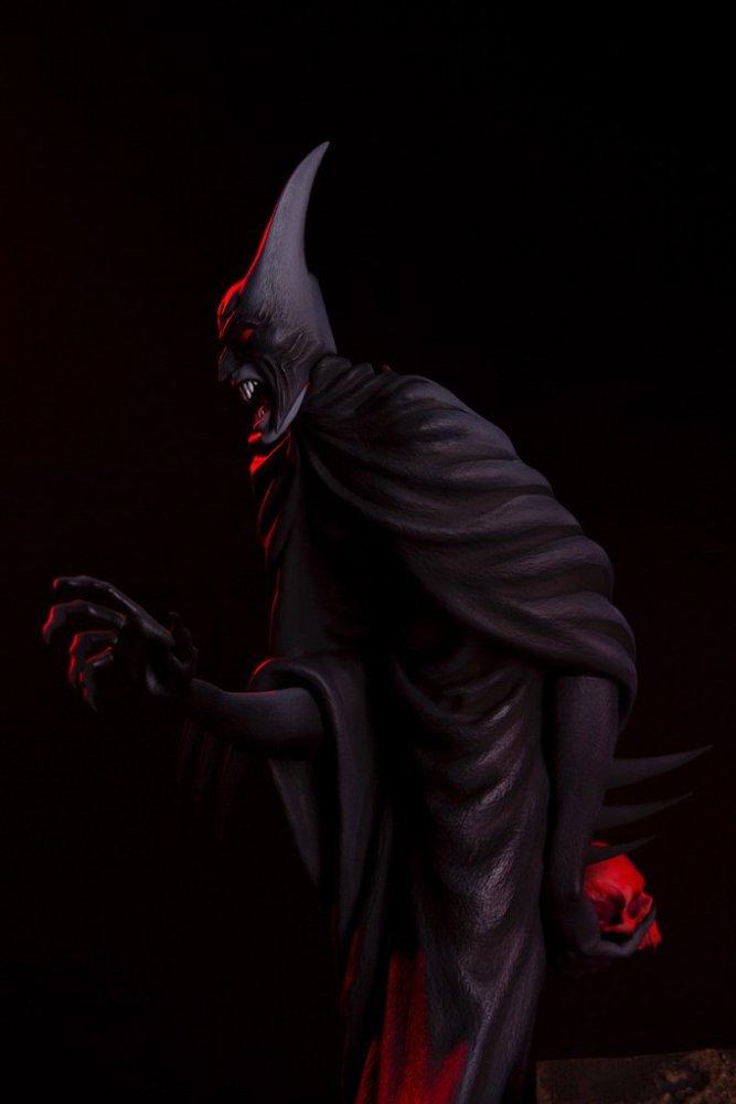 mondo-batman-red-rain-statue-017