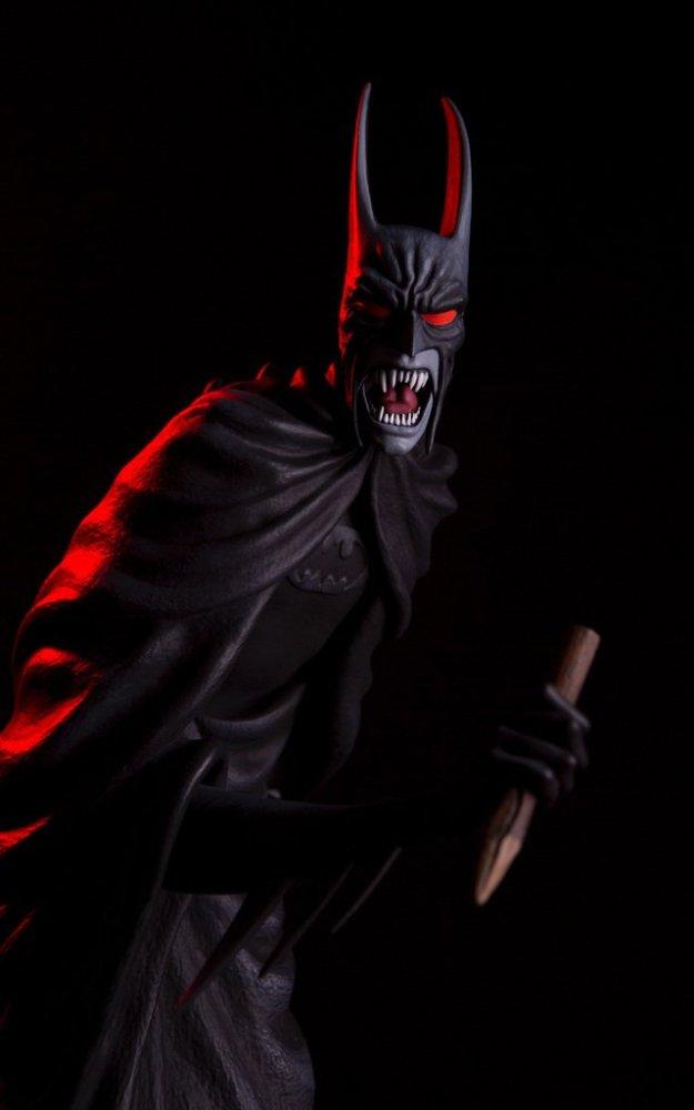 mondo-batman-red-rain-statue-exclusive-003
