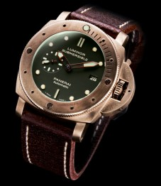 Panerai-Luminor-Submersible-Automatic-2