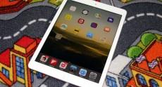 Apple_iPad_Air_InUse (10)