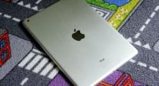Apple_iPad_Air_InUse (12)