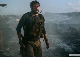 13_Hours_The_Secret_Soldiers_of_Benghazi_06