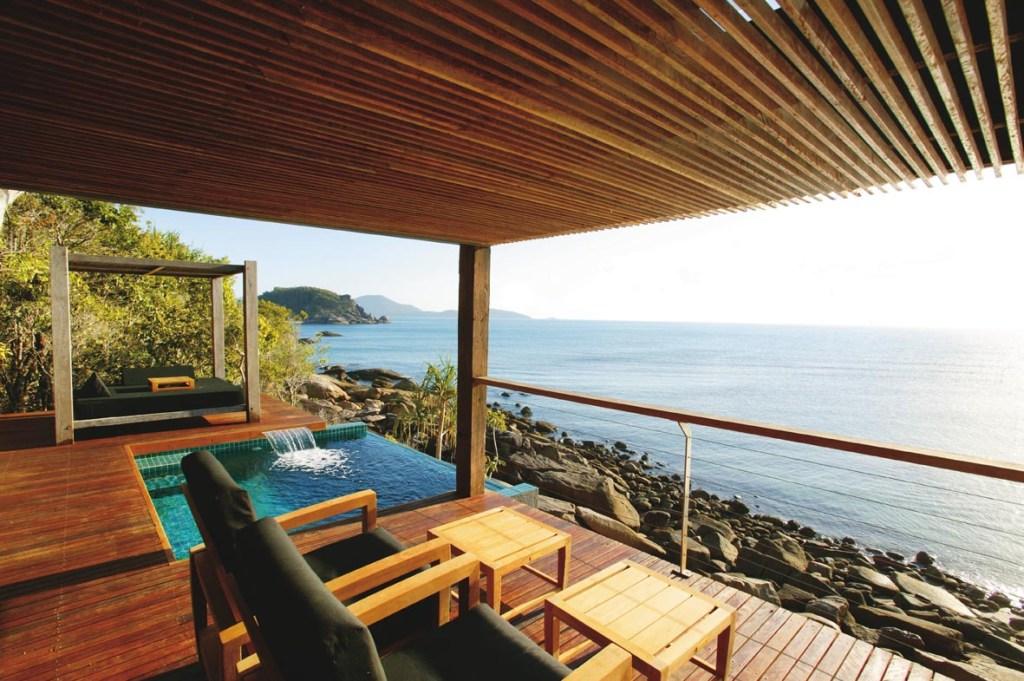 BED - Point Villa Deck 2