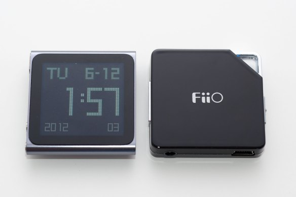 Apple Nano with FiiO E6 Amplifier